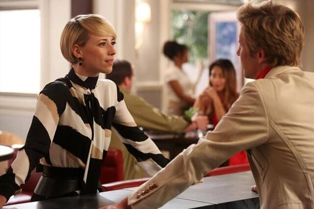 Karine Vanasse Revenge Season 4 Interview