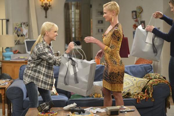 Jaime Pressly Promoted on Mom