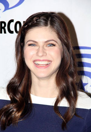 Alexandra Daddario Interview on San Andreas and True Detective