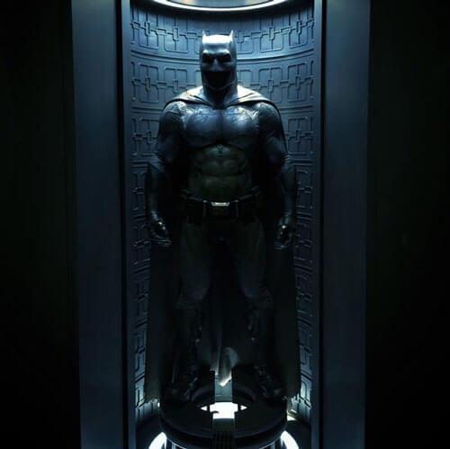 Zack Snyder Shows Off Batman Costume