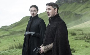 Sophie Turner and Aidan Gillen in 'Game of Thrones' (Photo: Helen Sloan / HBO)