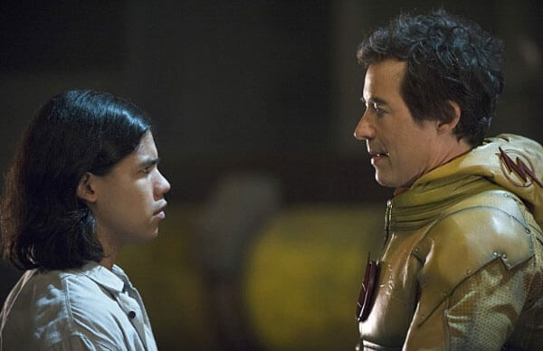 Carlos Valdes and Tom Cavanagh in The Flash
