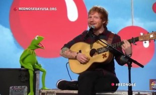 Ed Sheeran and Kermit the Frog Sings Rainbow Connection