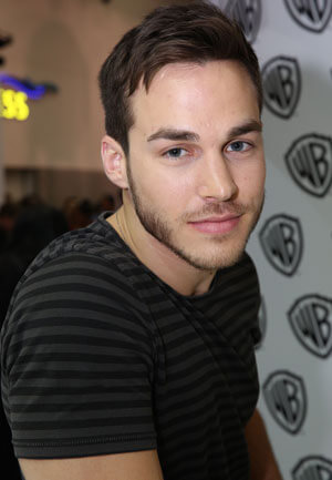 Chris Wood Interview - Containment and The Vampire Diaries