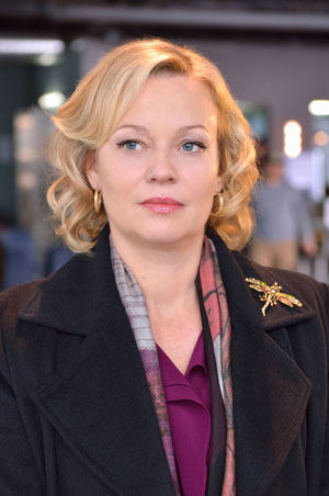 Samantha Mathis Interview The Strain Season 2