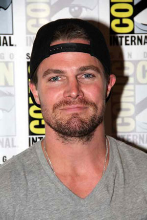 Stephen Amell Interview - Arrow Season 4