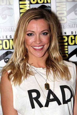 Katie Cassidy Interview on Arrow Season 4
