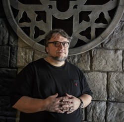Guillermo del Toro tours the Crimson Peak maze (Photo by David Sprague)