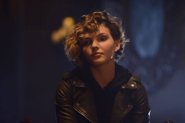 Camren Bicondova Interview - Gotham Season 2