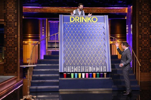 Jimmy Fallon and Jason Sudeikis Play Drinko