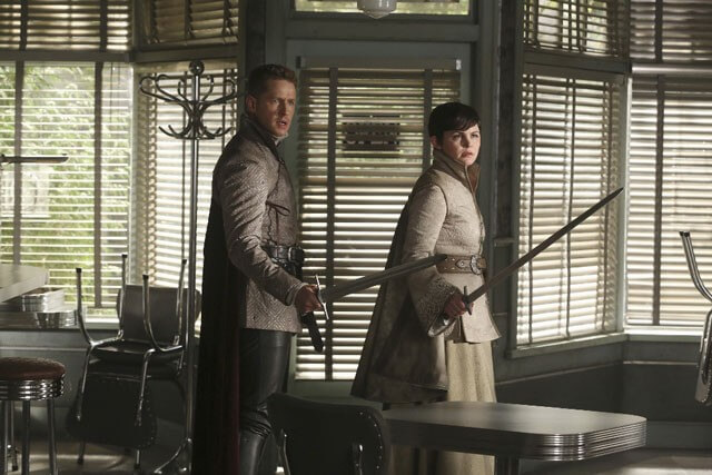 Once Upon a Time Josh Dallas and Ginnifer Goodwin