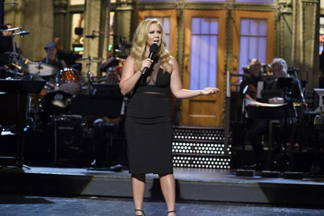 Khloe Kardashian Slams Amy Schumer's Digs At Her Weight Loss On SNL