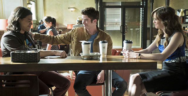 The Flash Season 2 Episode 5 Carlos Valdes, Grant Gustin, Danielle Panabaker