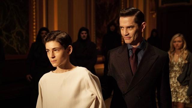 Gotham Season 2 David Mazouz and James Frain