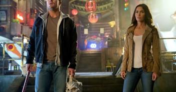 Stephen Amell Megan Fox Teenage Mutant Ninja Turtles Out of the Shadows