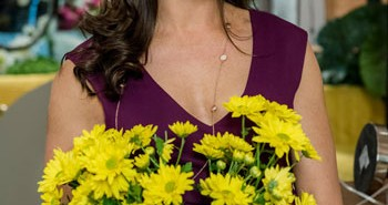 Brooke Shields Flower Shop Mystery