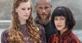 Vikings Alyssa Sutherland, Travis Fimmel, Dianne Doan