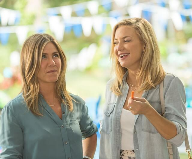 Jennifer Aniston and Kate Hudson in Mother's Day