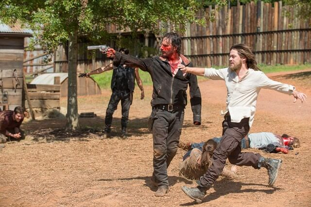 Walking Dead Season 6 Episode 11 Andrew Lincoln and Tom Payne