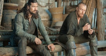 Black Sails Season 3 Episode 9 Luke Arnold and Toby Stephens