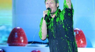 Blake Shelton Slimed Kids Choice Awards