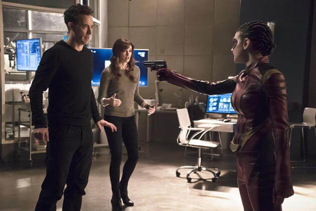 Flash Season 2 episode 16 Trajectory