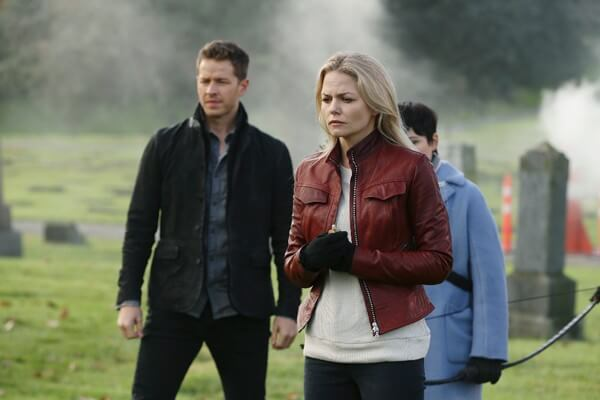 Josh Dallas and Jennifer Morrison in Once Upon a Time Season 5 Episode 12
