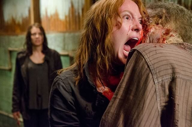 Walking Dead Alicia Witt and a Zombie