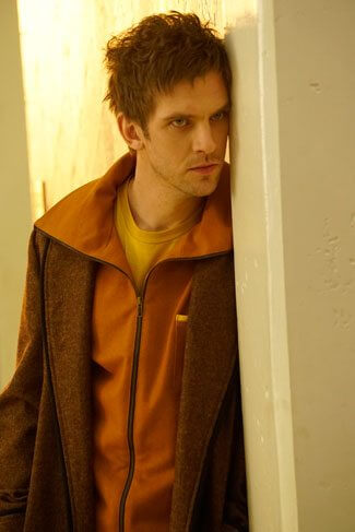 Dan Stevens in Legion