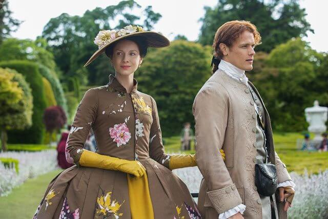 Outlander Caitriona Balfe and Sam Heughan