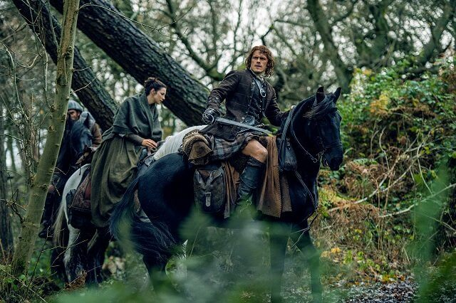 Outlander Season 2 Episode 11 Caitriona Balfe and Sam Heughan