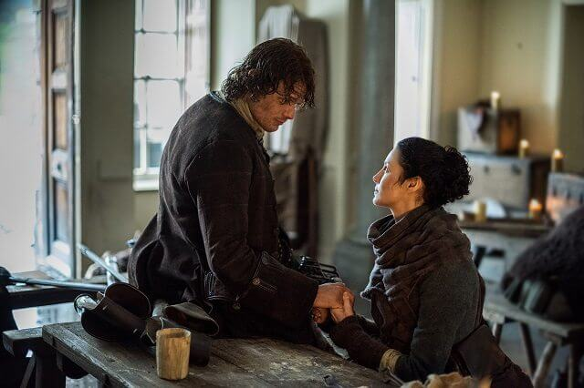 Outlander Season 2 Episode 12 Sam Heughan and Caitriona Balfe