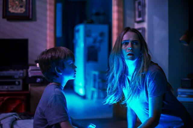 Lights Out with Teresa Palmer and Gabriel Bateman