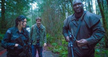 Zoo Alyssa Diaz, James Wolk and Nonso Anozie