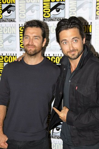 Antony Starr and Justin Chatwin from American Gothic