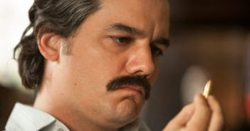Wagner Moura in Narcos Season 2