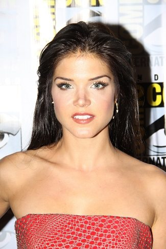 The 100 star Marie Avgeropoulos