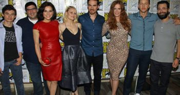Once Upon a Time Edward Kitsis, Adam Horowitz, and Cast Season 6