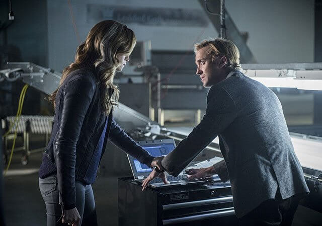 The Flash Season 3 Episode 7 Tom Felton and Danielle Panabaker