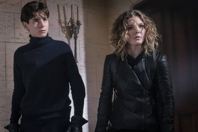 Gotham season 3 episode 11 David Mazouz and Camren Bicondova