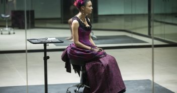 Westworld Season 1 episode 9 Thandie Newton