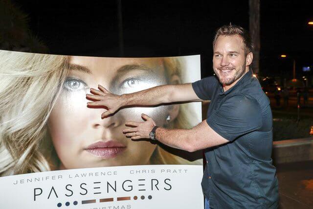 Chris Pratt covers Jennifer Lawrence's face on 'Passengers' poster