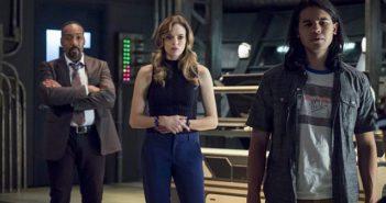 The Flash Season 3 Episode 9 Jesse L Martin, Danielle Panabaker, Carlos Valdes