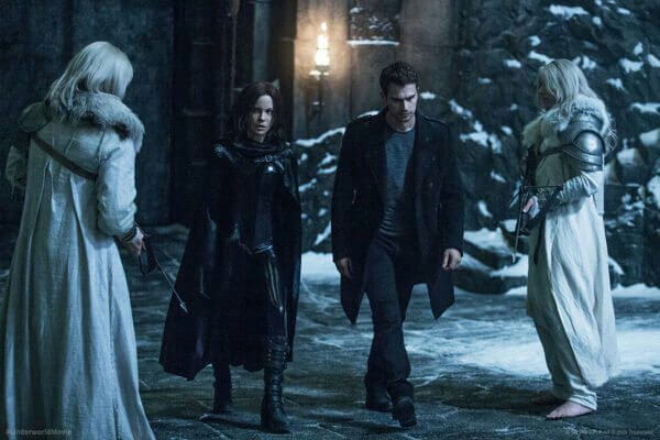Underworld Blood Wars Theo James and Kate Beckinsale