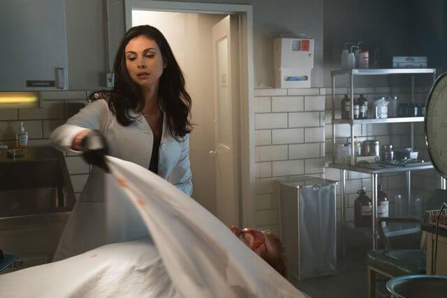 Gotham season 3 episode 13 Morena Baccarin