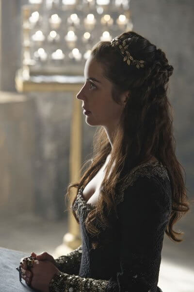 Reign Season 4 Episode 1 Adelaide Kane