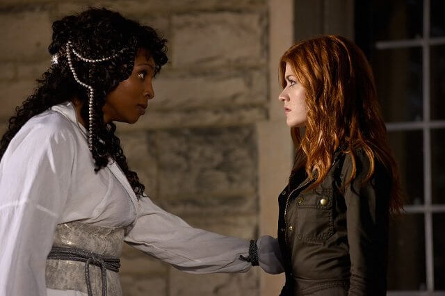 Shadowhunters season 2 episode 6 Katherine McNamara and Lisa Berry