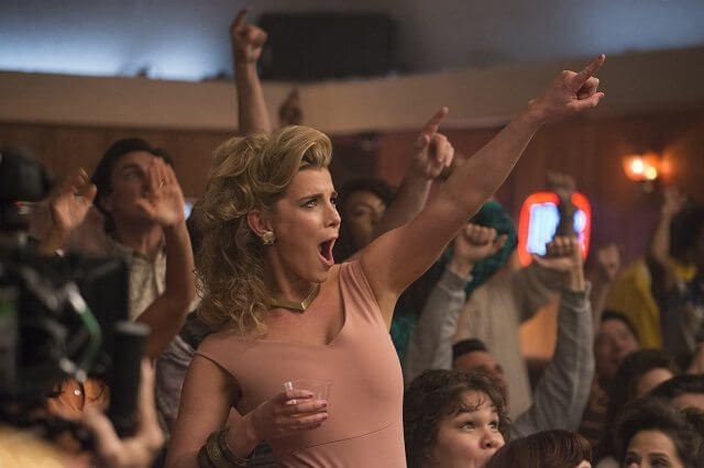 Alison Brie Becomes Female Wrestler In Official Trailer For 'GLOW' - Watch Here!