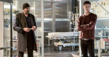 The Flash season 3 episode 23 Jesse L Martin and Grant Gustin