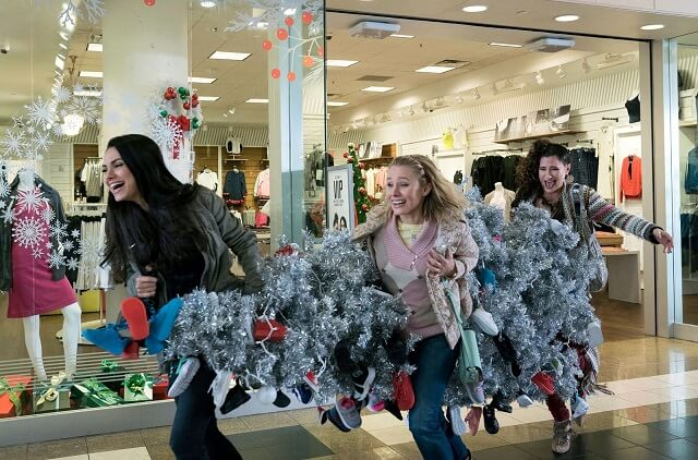 'Bad Moms Christmas' Trailer: Mila Kunis, Kathryn Hahn, Kristen Bell Stress Out